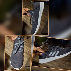 Addidas sneakers worn once